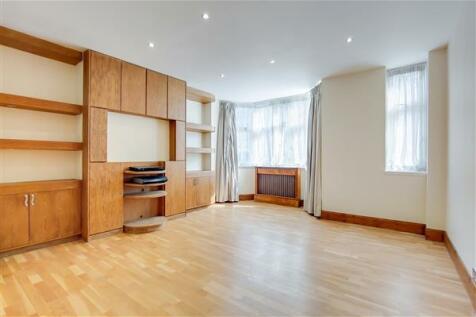 PRINCES COURT, BROMPTON ROAD, London, SW3. 2 bedroom flat