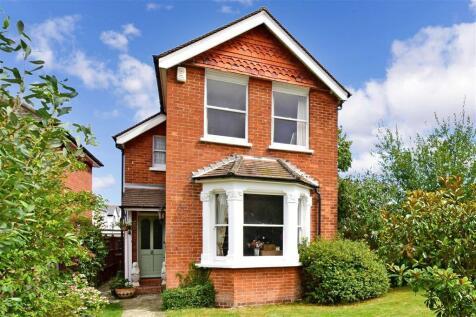 Brighton Road, Banstead, Surrey. 3 bedroom detached house for sale