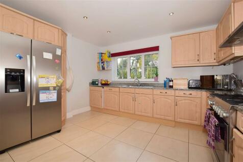 Woodmansterne Street, Banstead, Surrey. 4 bedroom detached house for sale