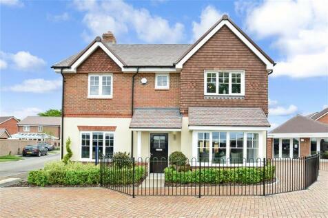 Little Meadow, Cranleigh, Surrey. 4 bedroom detached house
