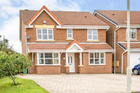Snowshill Gardens, DUDLEY. 4 bedroom detached house