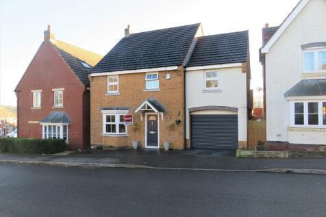 Attingham Drive, Dudley. 4 bedroom detached house for sale