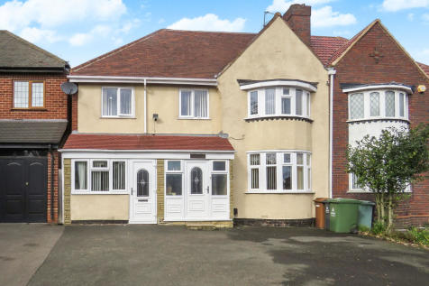 Broadway, Walsall. 6 bedroom semi-detached house