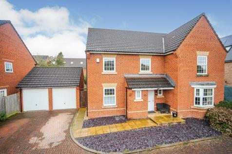 Collett Road, Norton Fitzwarren, Taunton. 5 bedroom detached house for sale