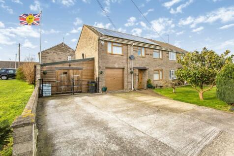 Woodhayes, Henstridge, Templecombe. 5 bedroom semi-detached house