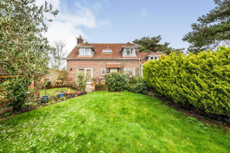 Green Lane, Crossways, Dorchester. 5 bedroom detached house