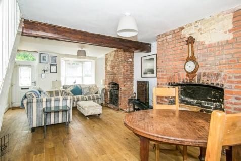 The Square, Charminster, DORCHESTER. 3 bedroom terraced house
