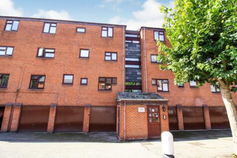 Norfolk Street, Coventry. 2 bedroom flat