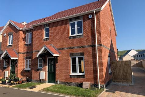 Pemberly, Weymouth. 3 bedroom semi-detached house