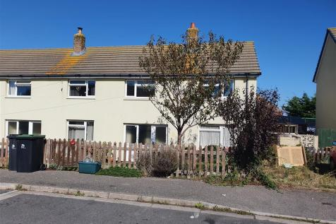 Walker Crescent, Weymouth. 3 bedroom end of terrace house