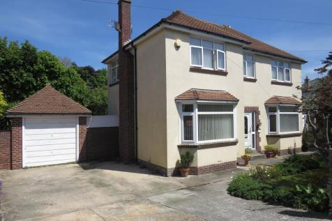 Buxton Road, WEYMOUTH. 4 bedroom detached house