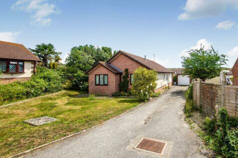 Nightingale Drive, Weymouth. 2 bedroom detached bungalow