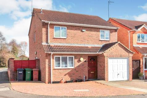 Lyvelly Gardens, Peterborough. 4 bedroom detached house