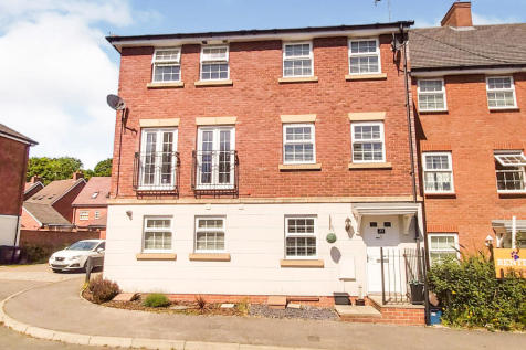 Merrick Close, Great Ashby, Stevenage. 4 bedroom town house for sale