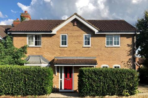 Benslow Lane, Hitchin. 4 bedroom detached house