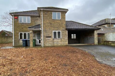 Broadmead, Trowbridge. 4 bedroom detached house