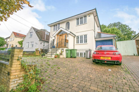 Crown Road, BILLERICAY. 4 bedroom detached house for sale