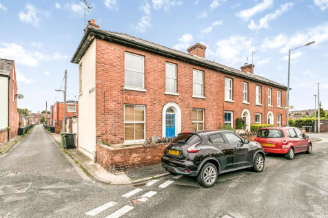 Lansdowne Road, Worcester. 3 bedroom detached house