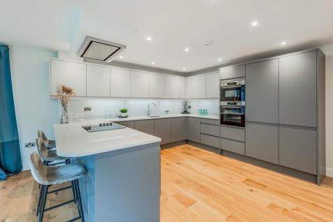 West View Farm, Redhill. 4 bedroom detached house for sale