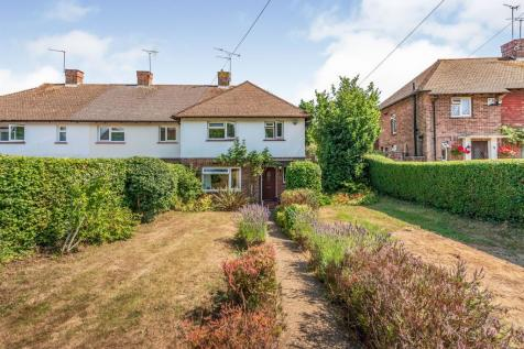 Coneybury, Bletchingley, Redhill. 3 bedroom end of terrace house