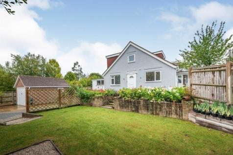 St Wilfrids Road, Burgess Hill. 3 bedroom bungalow for sale