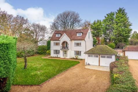 Crescent Road, Burgess Hill. 4 bedroom detached house for sale