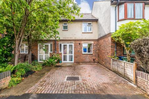 Paradise Square, Oxford. 2 bedroom terraced house