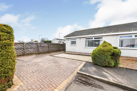 Furnace Court, Hurlford, Kilmarnock. 2 bedroom semi-detached bungalow