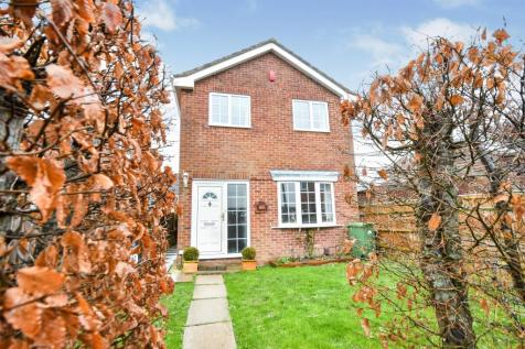 Ripple Field, Freshbrook, Swindon. 3 bedroom detached house for sale