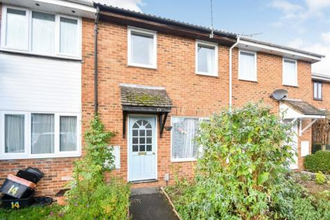 Ashburnham Close, Freshbrook, Swindon. 3 bedroom terraced house for sale