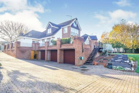 Old Hall Avenue, Littleover, Derby. 5 bedroom detached bungalow for sale