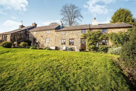 Bwlch-Y-Ddar, Llangedwyn, Oswestry, Mid Wales - Character Property / 5 bedroom character property for sale / £475,000