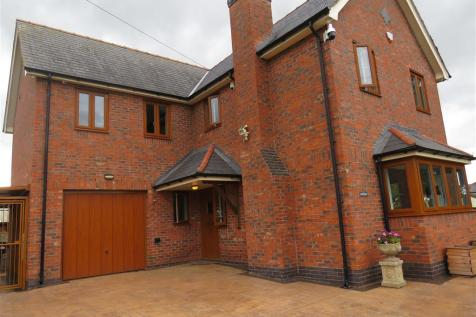 Old Sealand Road, Sealand, Chester. 4 bedroom detached house