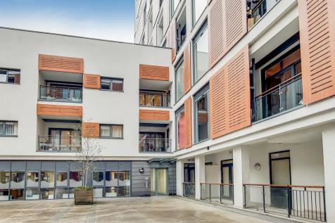 Cornell Square, London. 2 bedroom flat for sale
