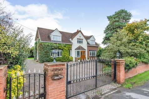 Great North Road, Bawtry, Doncaster. 5 bedroom detached house for sale