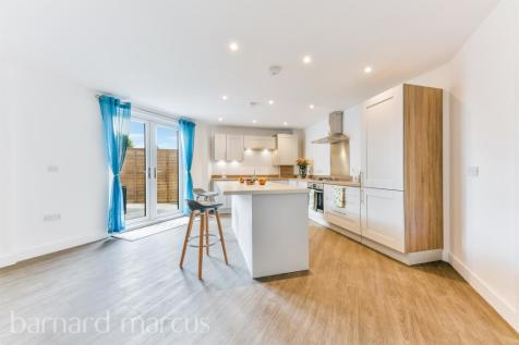 Chase Court, Chase Road, Epsom. 2 bedroom apartment