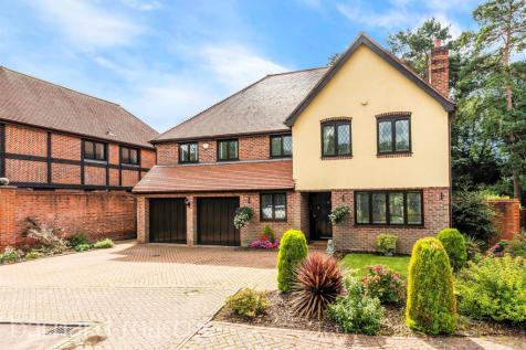 Trittons, Tadworth. 5 bedroom detached house