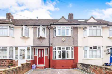 Cambridge Road, Mitcham, CR4 1DU, London - Terraced / 3 bedroom terraced house for sale / £400,000