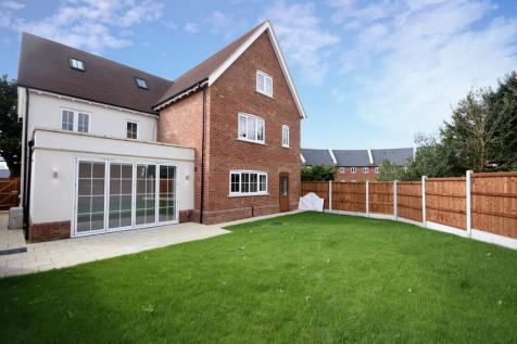 The Grove, Chelmsford. 5 bedroom detached house