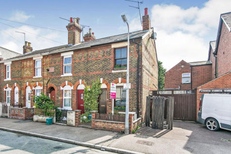 Granville Road, Colchester. 2 bedroom end of terrace house