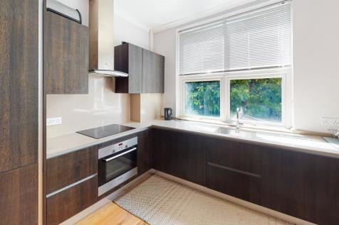 Holland Road, London. 2 bedroom flat