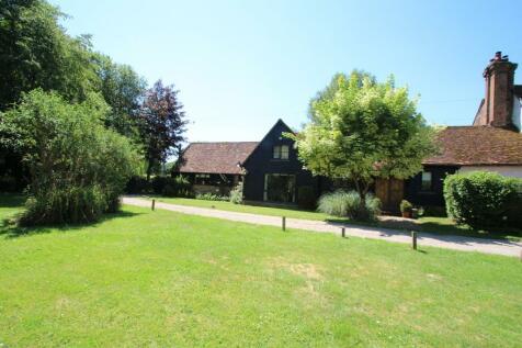 Water End Moor, Water End, Hemel Hempstead. 4 bedroom barn conversion