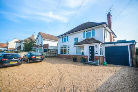 Barnhorn Road, Bexhill-On-Sea. 4 bedroom detached house for sale