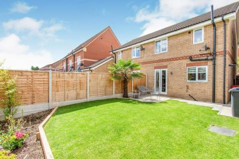 Turnberry Mews, Stainforth, DONCASTER. 3 bedroom semi-detached house
