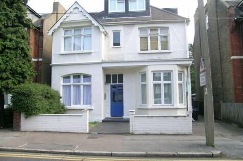 King Charles Road, Surbiton. 1 bedroom flat