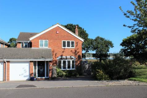 Mercury Gardens, Hamble, Southampton, SO31. 3 bedroom link detached house for sale