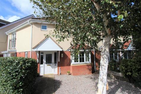 Avro Court, Hamble, Southampton, SO31. 3 bedroom semi-detached house for sale