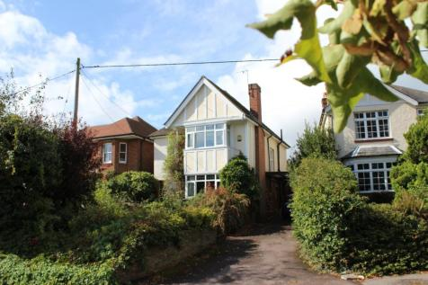 Satchell Lane, Hamble, Southampton, SO31. 3 bedroom detached house for sale