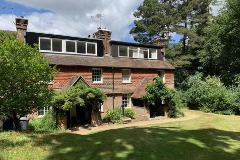 Haste Hill Top, Haslemere. 1 bedroom terraced house