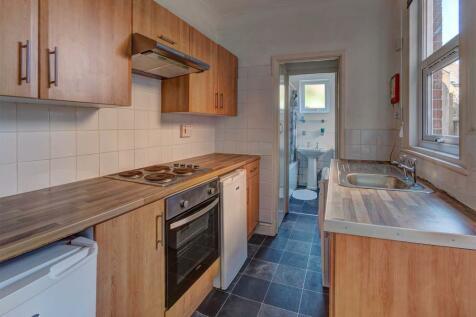 Portland Street, Norwich NR2 3LF. 4 bedroom terraced house
